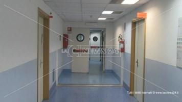 """Positivo dopo la guarigione, torna in ospedale il """"paziente 1"""" di San Lucido"""