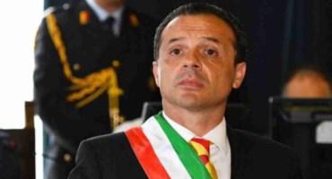 Esodo verso Sicilia, il sindaco di Messina: «Blocco io gli sbarchi, arrestatemi»