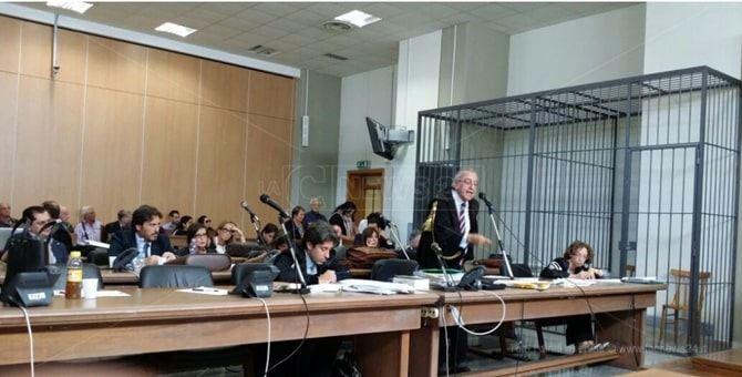 L'avvocato Lucio Conte durante un'udienza del processo Marlane