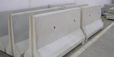 Coronavirus, chiusa anche Scalea: blindata da barriere di cemento