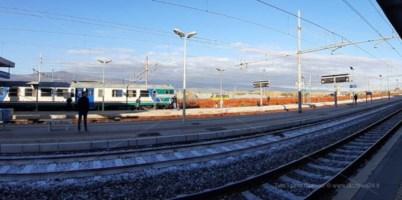 Uomo travolto e ucciso da un treno nel Catanzarese, circolazione in tilt