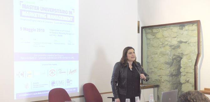 prof.ssa Maria Colurcio