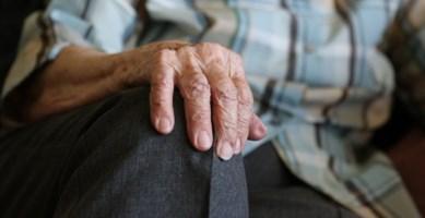 Fiumefreddo, anziano cade in un dirupo: ritrovato dopo ore di ricerche