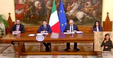Decreto liquidità, il premier Conte annuncia: «400 miliardi alle imprese»