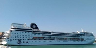 Nave ospedale al porto di Gioia Tauro, c'è il sì di Msc al sindaco Alessio