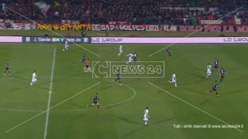 Trasferta a Verona, due giocatori del Cosenza calcio si rifiutano