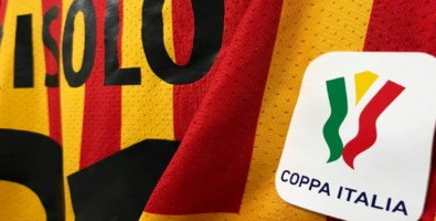 Coppa Italia, Catanzaro tutto cuore ma il turno lo passa il Genoa: finisce 2-1