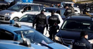 Polizia (immagine ansa)