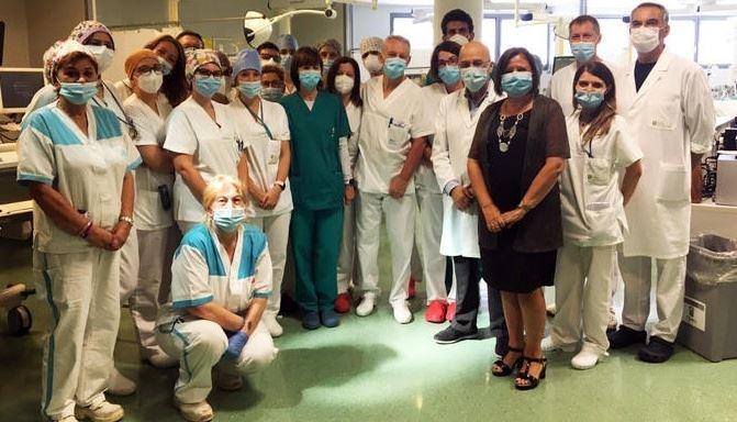 Medici e infermieri dell'ospedale di Bergamo (foto ansa)