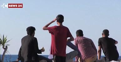 Sbarco migranti a Reggio Calabria, in 67 giunti al porto