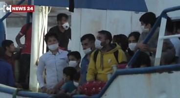 Crotone, arresti per immigrazione clandestina: coinvolti avvocati, poliziotti e pubblici ufficiali