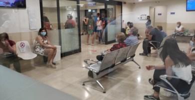 Pazienti che attendono il turno al Pronto soccorso del Pugliese