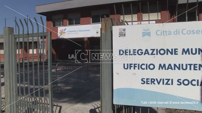 La sede del settore Welfare del Comune di Cosenza