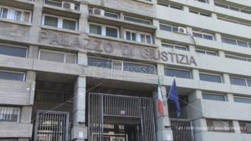 Il palazzo di giustizia di Cosenza