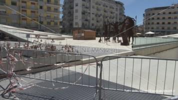 Piazza Bilotti transennata dopo il sequestro giudiziario