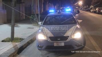 Tassista accoltellato a Cosenza, la polizia arresta il presunto aggressore