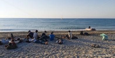 Sbarco migranti a Roccella, ancora disperso in mare il presunto scafista
