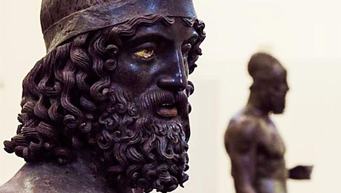 I Bronzi di Riace, foto dalla pagina fb del Museo di Reggio Calabria