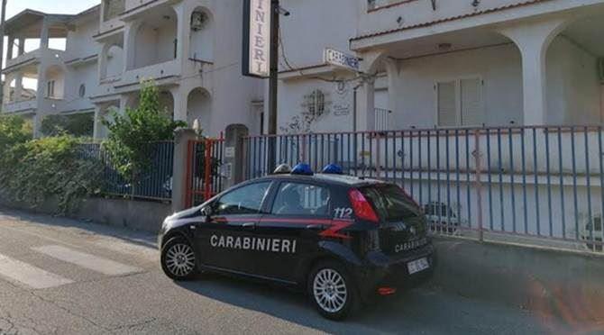 I carabinieri della stazione di Bova Marina
