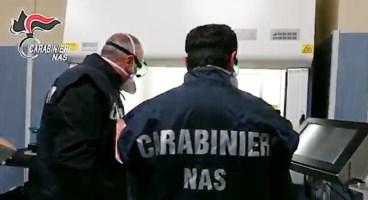 Formiche e sporcizia in ospedale a Napoli, 17 indagati al San Paolo