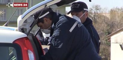 Reggio, per parcheggiare usava il pass disabili del marito morto: denunciata