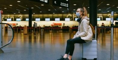 Viaggi all'estero, tampone e quarantena anche per chi rientra dai Paesi Ue