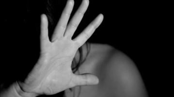 Lamezia, botte e minacce alla moglie per anni: misure restrittive per un 70enne