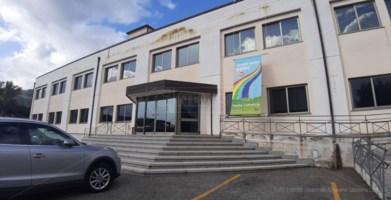 «Trovi un posto al cimitero», minacce all'ex candidato di Lamezia che ha inguaiato i consiglieri comunali