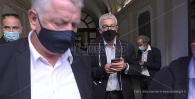 Commissione antimafia a Catanzaro, Morra: «Emerse situazioni imbarazzanti per lo Stato»