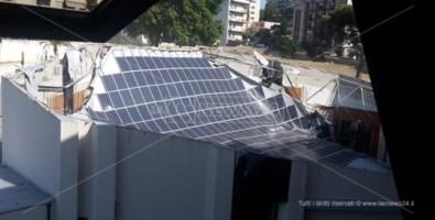 Il crollo del tetto dell'auditorium Calipari