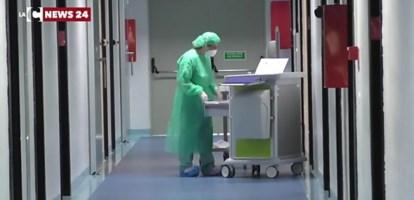 Coronavirus Crotone, contagiato medico: chiuso il reparto di oncologia
