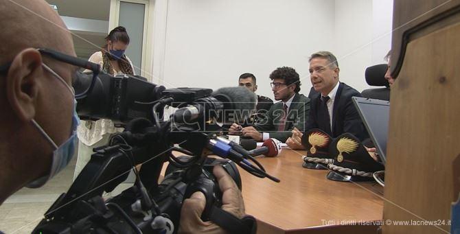 La conferenza stampa del procuratore Camillo Falvo