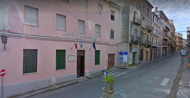 Il Municipio di Cetraro