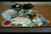 Crotone: raffineria di eroina in una carrozzeria, arrestati due fratelli