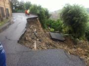Alluvione, il ministro dell'Ambiente Galletti: 'Mai più condoni edilizi'