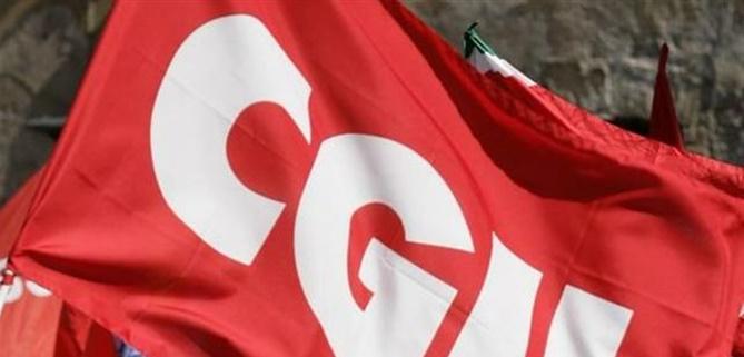 Una bandiera della Cgil