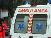 Salerno-Reggio Calabria, auto ribaltata e un ferito grave
