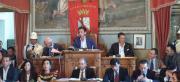 Il primo consiglio a Lamezia un disastro: dopo dodici ore eletto De Sarro