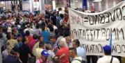 Ammortizzatori sociali,i lavoratori occupano l'aeroporto di Lamezia. Danni ingenti FOTO E VIDEO