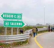 WEEK END DI TRAFFICO INTENSO. DECINE DI MIGLIAIA DI VEICOLI SULLE STRADE ITALIANE