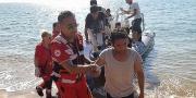 Isola Capo Rizzuto, sbarco di profughi tra i bagnanti