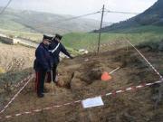 Sorpresi ad effettuare scavi archeologici, due denunce nel crotonese