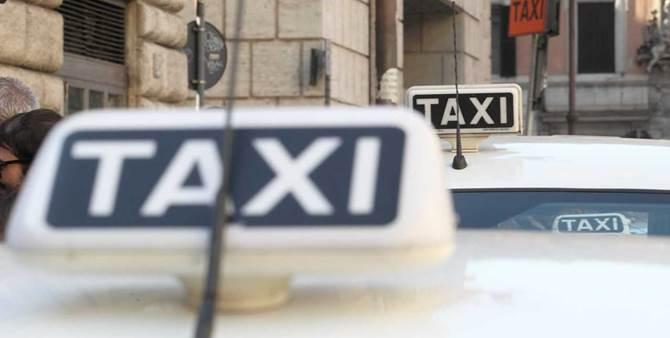 Taxi in fila