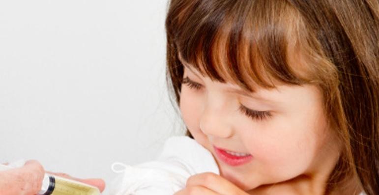 Via alla legge che impone la vaccinazione obbligatoria
